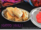 Happy Holi! : Puran Puffs (Sweet Lentil stuffed Puff Pastry)