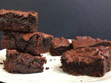 Healthy Brownies (Paleo, Refined Sugar free, Gluten free)