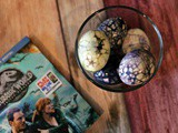 Diy Hard-Boiled Jurassic World Dinosaur Eggs