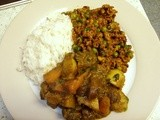 Keema Mutter (Minced lamb with green peas), with vegetable curry & rice