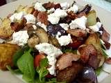 Mouthwatering salad : New potato, bacon & goat's cheese