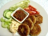 Salmon Fish Cakes with 805 Foods' Hot Monika Sauce