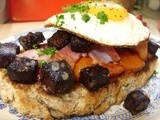 Soda bread with tomato, bacon, black pudding & an egg - breakfast of champions