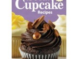 "Candy Bar Cupcakes with Biscoff Buttercream ~ a Review of ""150 Best Cupcake Recipes"" by, Julie Hasson"