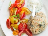 Chickenburger with tomato salad – whole30
