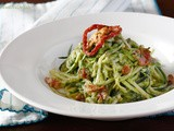 Zucchini Noodles (Zoodles!) with Sundried Tomato Pesto