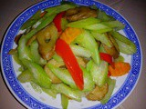 Ezcr#30 - stir fried celery with vegetarian pig intestines
