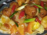 Fried meatballs in sweet and sour sauce