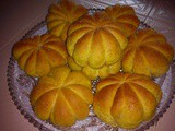 Pumpkin shape bread buns