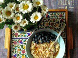 Breakfast Oats with Maple Syrup & Blueberries