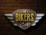 Bring the countdown of New Year 2016 with Bikers Cafe