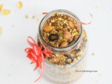Healthy no oil granola + granola bites