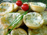 Košarice s tri vrste sira i vlascem :: Puff pastry cheese and chives baskets