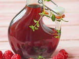 Raspberry and thyme vinegar