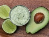 Avocado and cilantro mayonnaise sauce