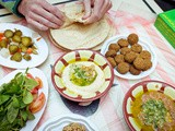 Everybody Loves Hashem: The Always Busy, Open-Air Jordanian Lunch Spot with No Menus