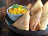 Smoked chicken samosa with mango chutney recipe