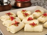 Sweet cheese and cream rolls recipe