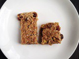 Apricot And Date Oat Bars