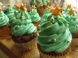 Feelin' Festive: Cupcakes that look like Christmas trees, if you really, really squint