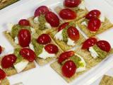 Tailgating & Game Day triscuit Caprese Bites #GameDayGreats