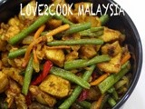 Stir-fried Turmeric Chicken with Vegetables...(Ayam Goreng Kunyit )