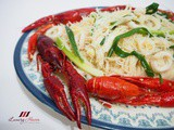 Tasty White Bee Hoon with Crawfish / Baby Lobsters ( 海鲜白米粉 )