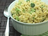 Skillet Macaroni and Cheese with Broccoli