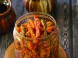 Gajar Mooli Ka Achar ,Carrot and Radish Pickle