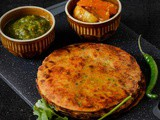 Makki Aloo Paratha, How To Make Makki Aloo Ka Paratha
