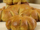 Pumpkin Bread Rolls