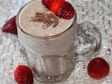 Strawberry chocolate milk shake/quick and easy milk shakes recipes/Mahas own recipes/kids favorite drinks