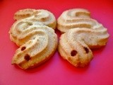Celebrate chinese new year with dragon cookies (loong peng)