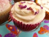 Summer treats: raspberry swirl cupcakes