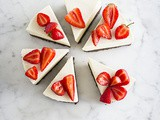 No bake cheesecake with black pepper strawberries