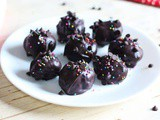No Bake Oreo Chocolate Balls | Chocolate Ball Recipes