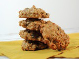 Oatmeal Cookies with Currants and Pecans