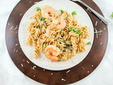Super Easy Pasta with Shrimp and a Lemony Garlic Sauce
