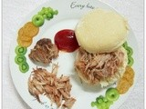 Pulled- Pork Sandwich with Egg Benedict and Hollandaise sauce (Martha Stewart) ..丰富的早餐呢!!\