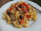 Fusilli with fresh tuna, olives and tomatoes
