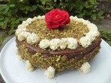 White and dark chocolate pistachios cake
