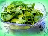 Spinach, Almonds and Cranberry Salad