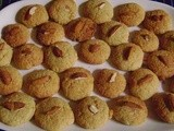 Eggless Almond Wheat Cookies