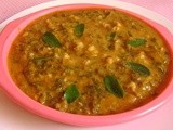 Soppu Molake Hesarukalu Huli/Sprouted Greengram Greens Sambar