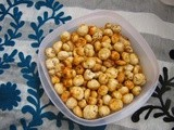 Roasted lotus seeds / Roasted phool makhana / roasted foxnuts