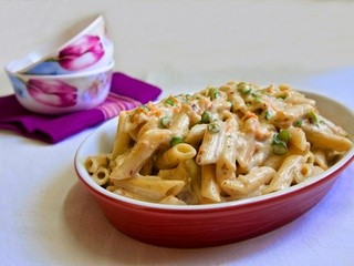 Whole Wheat Pasta in White Sauce