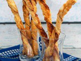 Cinnamon dusted pastry straws
