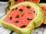 Watermelon Look-a-Like Raisin Bread  西瓜面包