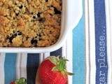Crumble con fragole e more