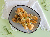 Barbecued chicken zucchini skewers